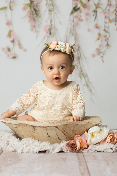 Charlotte is 6 months-18.jpg