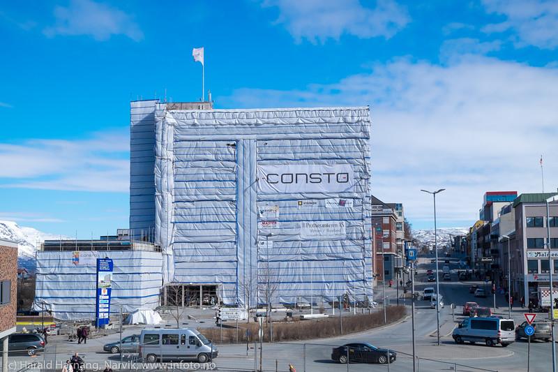 Rådhuset i Narvik under restaurering. 19. april 2016.