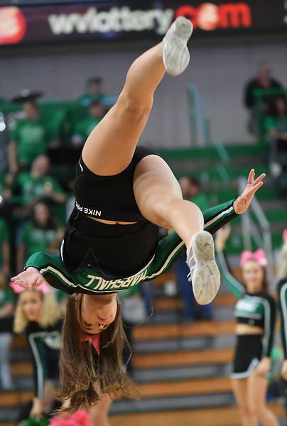 cheerleaders3333.jpg