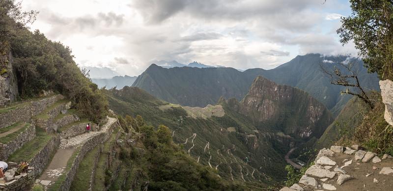 Cusco-SacVal-MachuPicchu-Best-Pano-009.jpg