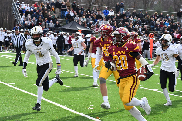 2019 Thanksgiving Day Game v Trumbull