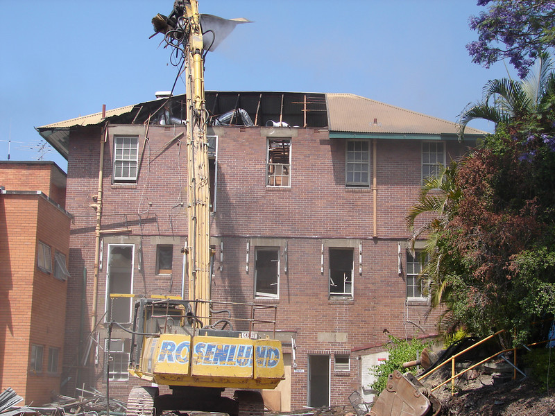 Chaplin Building demolition 005.jpg