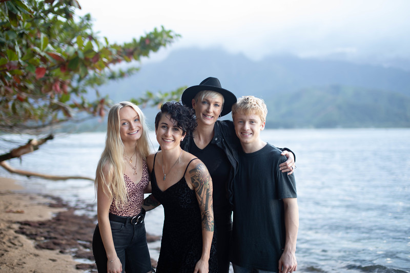 kauai family photos-108.jpg