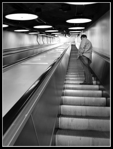19. 'UpwardsUnderground',  by theMusicMan. 9/26/07, E-510.