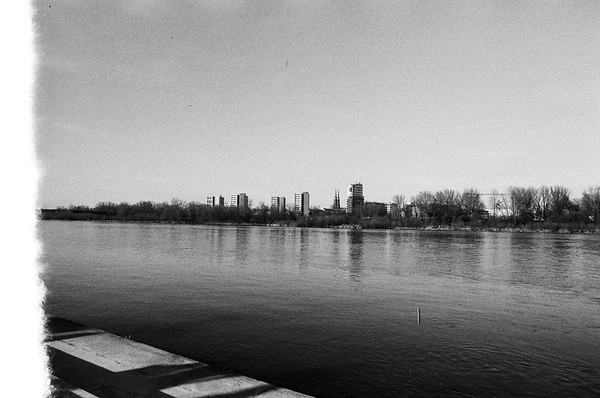 ANALOG; ILFORD PAN 100 Warsaw 20-31.03.2019 LR