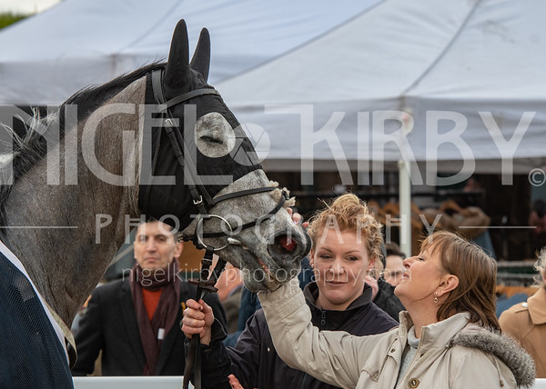 Uttoxeter Races - Sat 08 Feb 2020