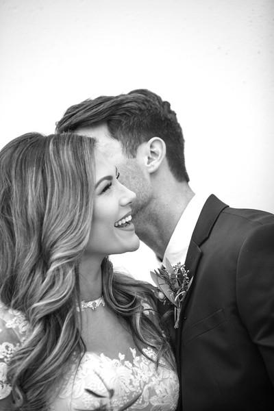 Kate&Josh_B&W_ZACH.WATHEN.PHOTOGRAPHER-219.jpg