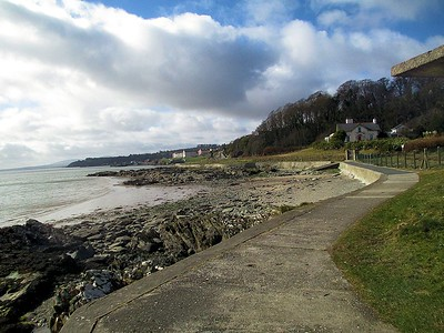 Moville-Green and Shore Walk
