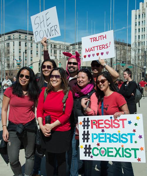 Crowd Deborah Hoag-5593.jpg