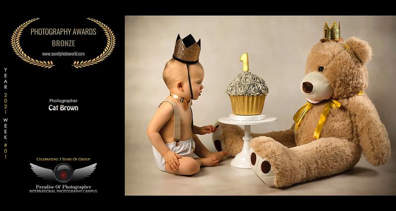 frankie & bear paradise tog award.jpg
