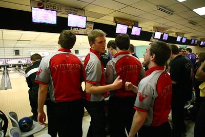 Viterbo bowling invite BWL1415