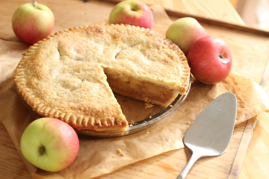 ". Apple pie ingredients are few and elemental: apples, of course, along with sugar, flavoring and pie crust. But choosing the right apples is a serious business.  <a href=""http://www.news-herald.com/article/HR/20151023/NEWS/151029793\"">Get the recipe for this deep dish apple pie</a>. (Associated Press)"