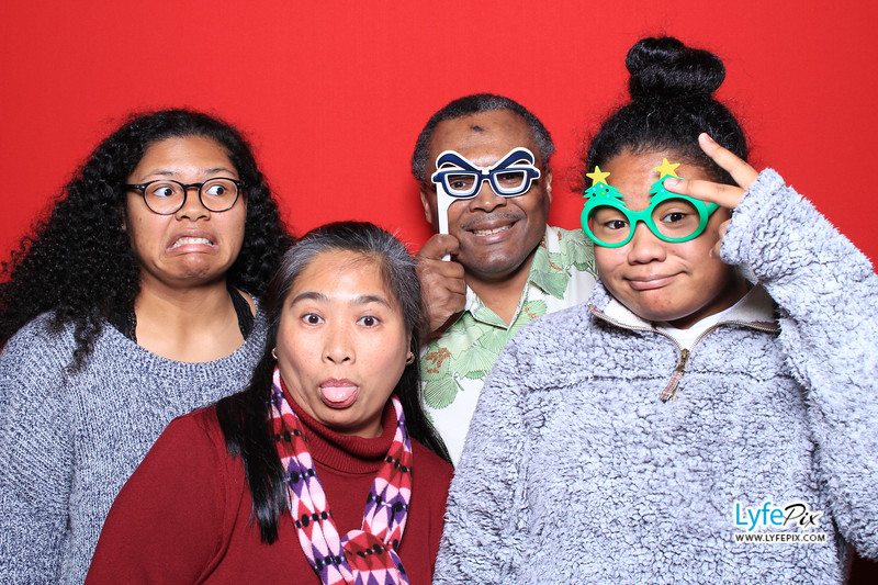 eastern-2018-holiday-party-sterling-virginia-photo-booth-0020.jpg