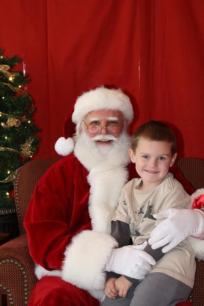 Santa Clause 27NOV2010-109.JPG