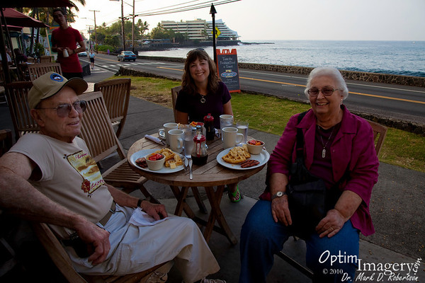 February 2, 2010:  KONA WITH MOM AND DAD