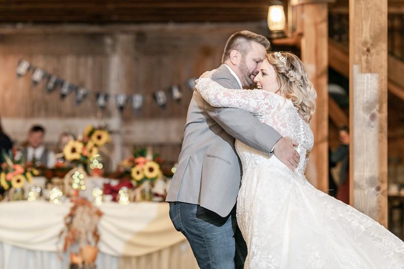 Emily_Darin_Wedding_October_12_2018_Ashley_Farm_Yorkville_Illinois-299.jpg