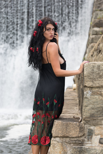 Waterfall 2019-6091.jpg