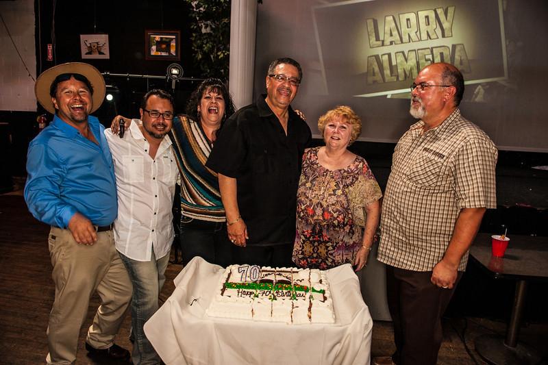 Larry70-220.jpg
