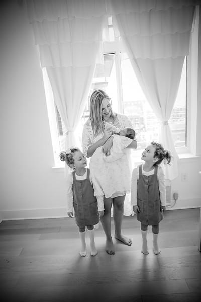 bw_newport_babies_photography_hoboken_at_home_newborn_shoot-5368.jpg