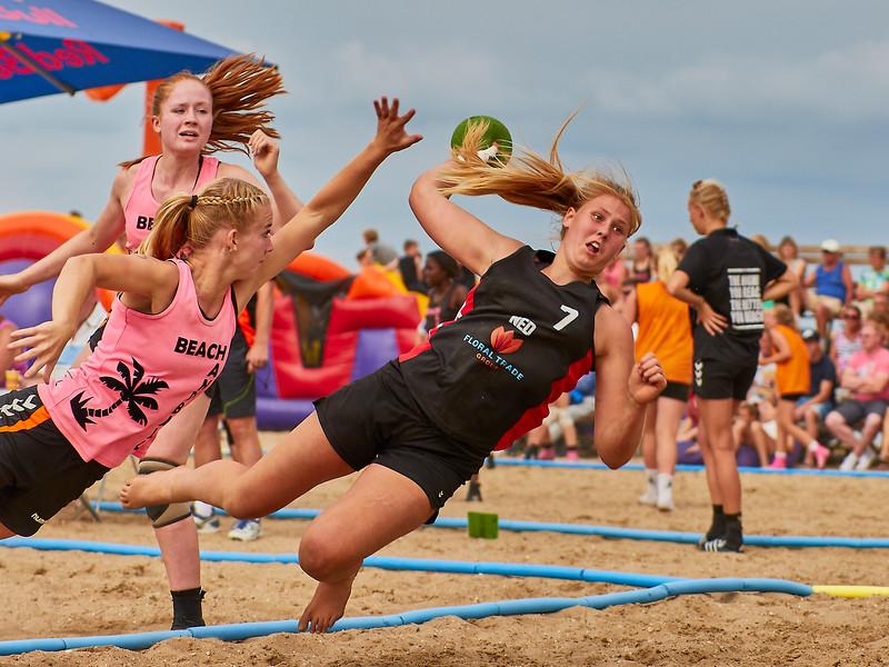 Molecaten NK Beach Handball 2017 dag 1 img 353.jpg