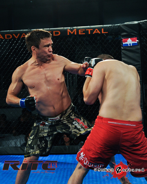 RITC43 B08 - Tim Tamaki def Shon Cottrill_combatcaptured_WM-0007.jpg
