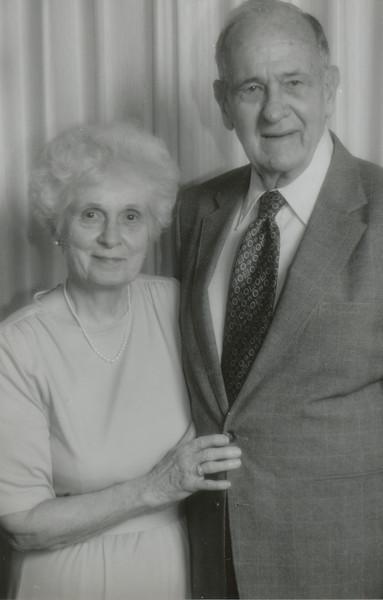 Eileen and Ellis Sullivan 1997.jpg