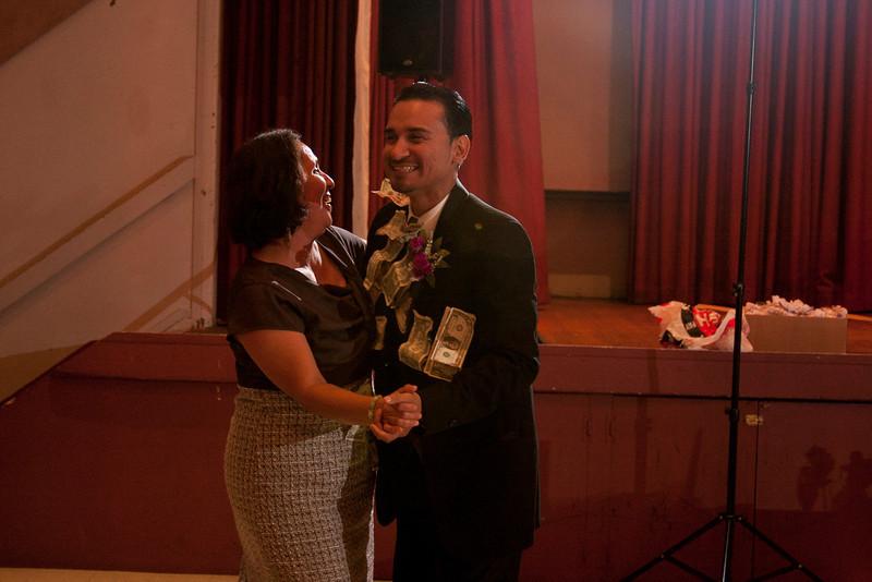 2011-11-11-Servante-Wedding-544.JPG