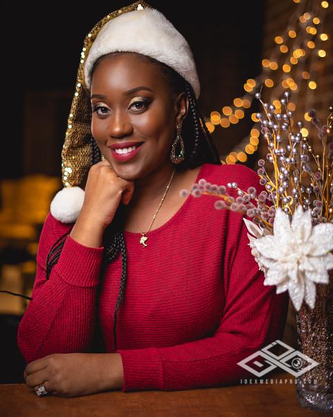 Johnson Family Christmas 2019-06539.jpg