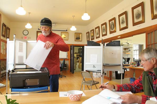Pomfret Voting, Nov 2014