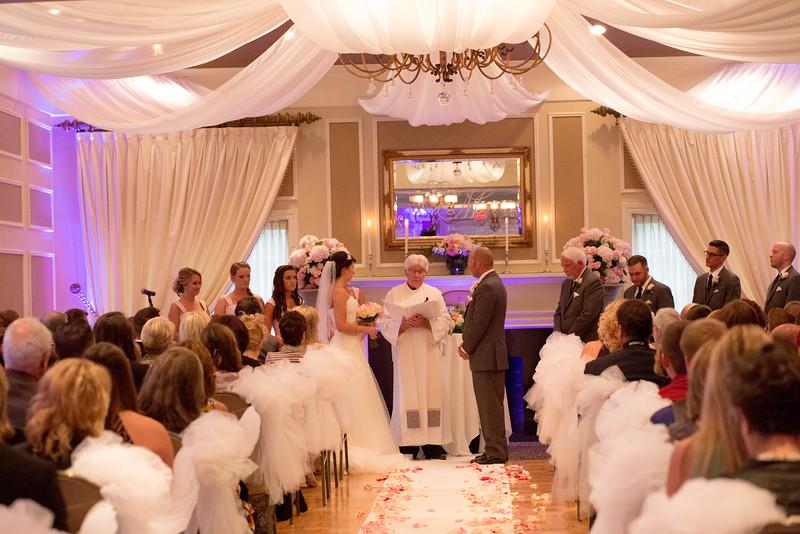 Matt & Erin Married _ ceremony (200).jpg