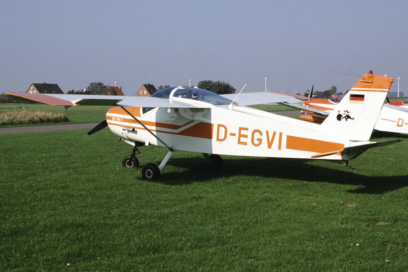 D-EGVI-BolkowBo-208Junior-Private-EDXB-2000-09-30-JG-02-KBVPCollection.jpg