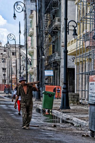 Cuba carpenter.jpg