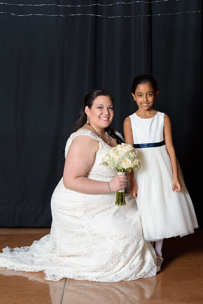 Bride&Bridesmaids_106.jpg