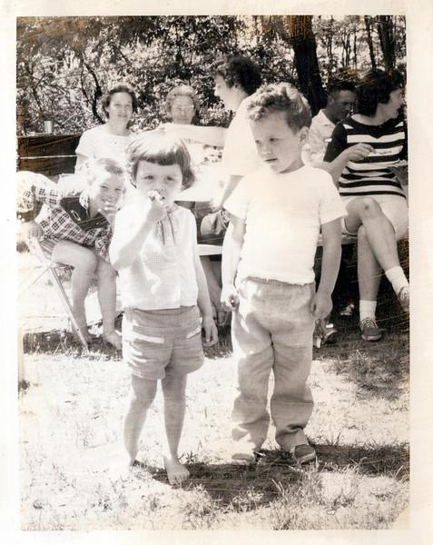 1962 Mudge family.jpeg