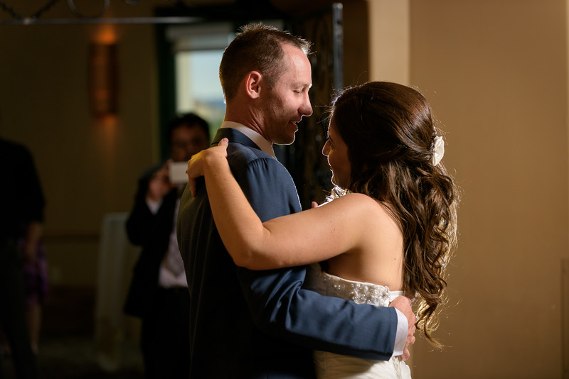5885_d810a_Alicia_and_Chris_The_Bridges_Golf_Club_San_Ramon_Wedding_Photography.jpg