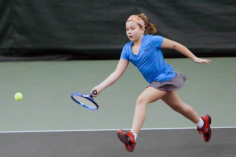 anna_tennisl_121915_22.jpg