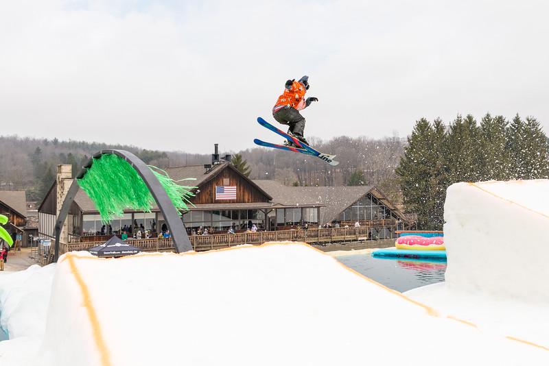 Pool-Party-Jam-2015_Snow-Trails-805.jpg