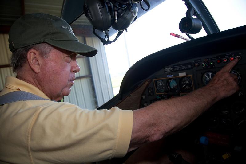 Dad's New Plane-10.jpg