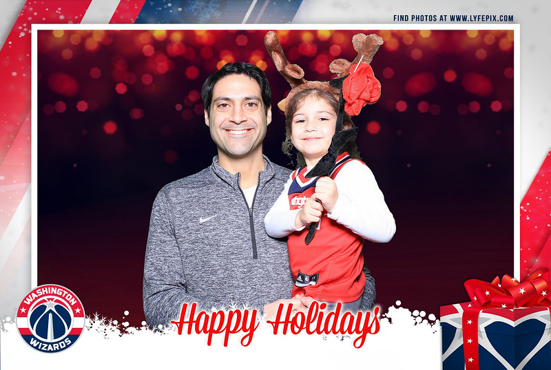 washington-wizards-2018-holiday-party-capital-one-arena-dc-photobooth-210623.jpg