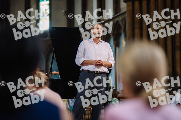 © Bach to Baby 2018_Alejandro Tamagno_Victoria Park_2018-08-15 012.jpg