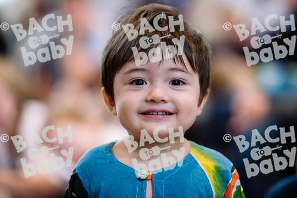 © Bach to Baby 2017_Alejandro Tamagno_RegetntsPark_2017-07-15 018.jpg