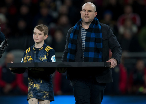 Carter & Clarke Darmody (Highlander #87)during game 4 of the British and Irish Lions 2017 Tour of New Zealand,The match between  Highlanders and British and Irish Lions, Forsyth Barr Stadium, Dunedin, Tuesday 13th June 2017 (Photo by Kevin Booth Steve Haag Sports)  Images for social media must have consent from Steve Haag
