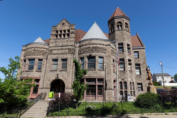 2105 Braddock Carnegie Library