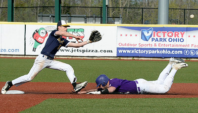 Avon burns up the basepaths in win over North Ridgeville