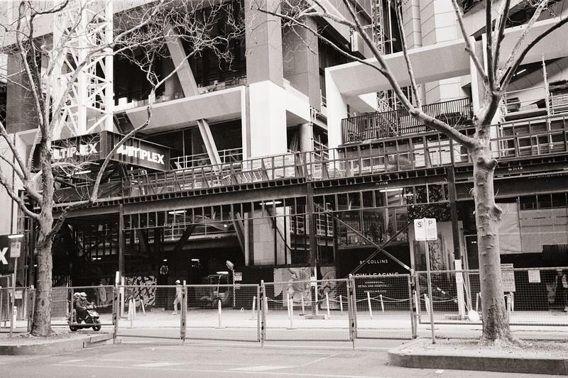 Benson Lane (blocked by construction)