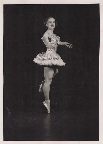 Dance_2915.jpg
