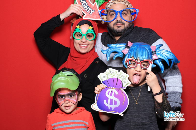 eastern-2018-holiday-party-sterling-virginia-photo-booth-0157.jpg