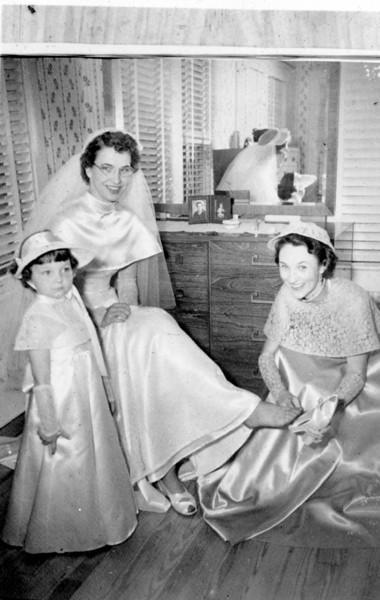 Maria Jacob and Walter A. 'Rip' Smock wedding September 9, 1950