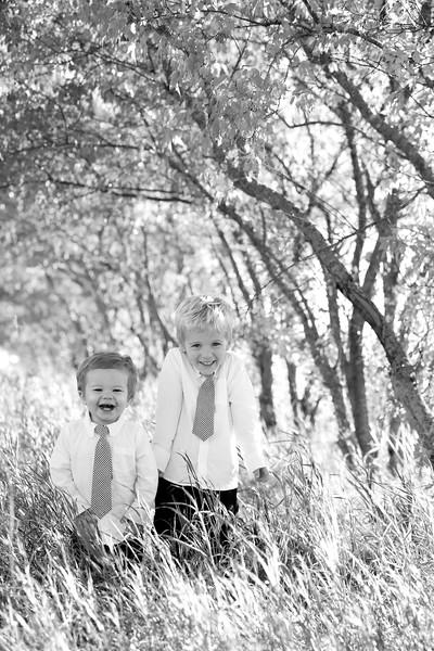 17bw Jacob+Wyatt | Nicole Marie Photography.jpg