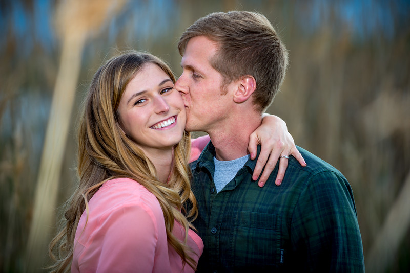 Hallie_and_Griffin_Engagement-7117.jpg